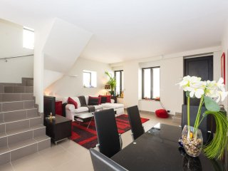 Triplex near Paris 16 - 8 persons