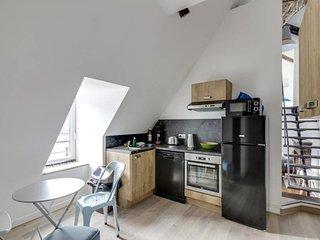 W034 - Very nice duplex ideally located