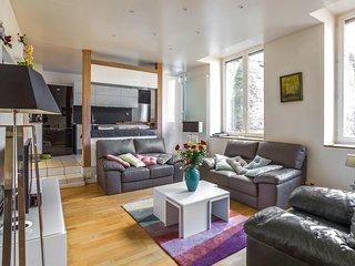 Spacious apartment Place Bellevue