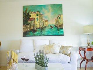 Kingston's Luxury Condo Apartment