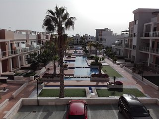La Zenia Beach Beautiful Town House, sleep 7