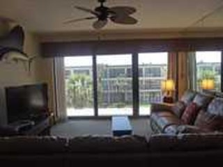 Excellent Ocean View & Pool Front Condo at Ocean House Condominium #304