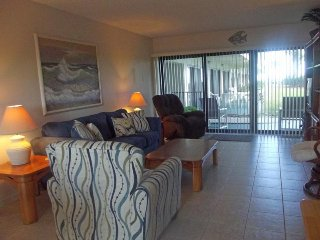 Ground Floor with Ocean & Pool Views - 2 Bedrooms - Ocean House Condo #110