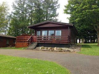 Birch 14 With Hot Tub, Newton Stewart