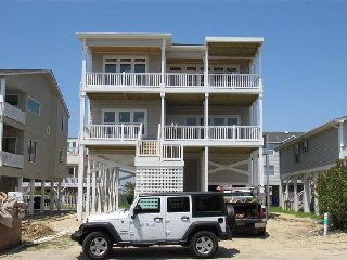 *BRAND NEW* Endless Summer **REDUCED August RATES** Ocean views, private pool