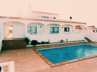 Casa Manils, Villa with private pool close to the beach