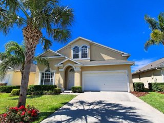Lovely 5 bedroom 3 bath home with private pool from $173 a night