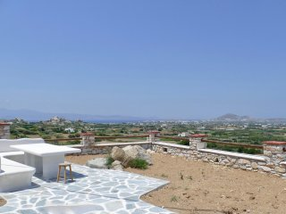Private Apartment with Spectacular views, near Naxos Town and the beaches