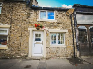 'Oh So Snug' Chic 1- Bedroom cottage, Heart of Whalley, Clitheroe Lancashire