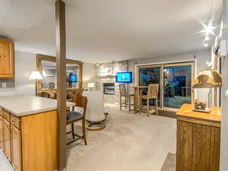 Spacious Unit, Ski In/Out, Beautiful and Quiet