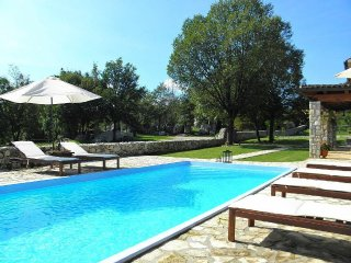 Private accommodation - villa Nedescina 9473 Holiday house