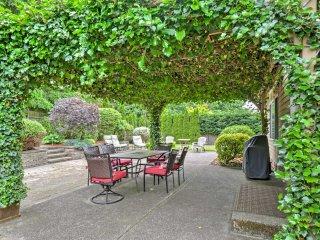 Kirkland Home w/Backyard - Mins to Lake Washington