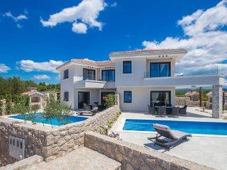 15002 Luxus moderne Villa in der Stadt Krk