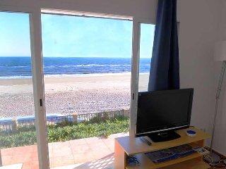 Apartamento 2. A la orilla del mar