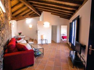 Apartamentos Ribeira Sacra-Apartamento Castiñeiro en Parada de Sil, Ourense