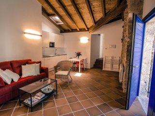Apartamentos Ribeira Sacra-Apartamento Carballo en Parada de Sil, Ourense