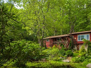 The Garden Retreat Minuted from Boone, Blowing Rock, Hiking, skiing, and shoping