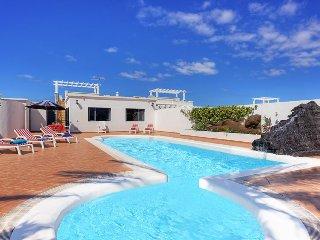 4 bedroom Villa in Playa Blanca, Canary Islands, Spain : ref 5334222