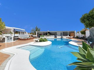 4 bedroom Villa in Puerto del Carmen, Canary Islands, Spain - 5334673