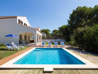 Cala Galdana Villa Sleeps 8 with Pool Air Con and WiFi - 5334738