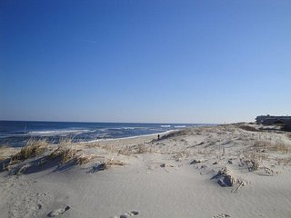Stay 3 Blocks from Island Beach State Park in September at our Beachfront Condo!