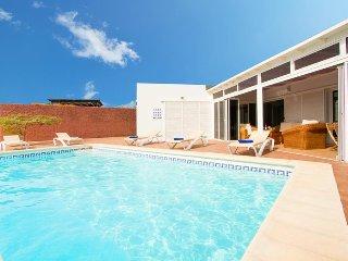 3 bedroom Villa in Playa Blanca, Canary Islands, Spain : ref 5334693