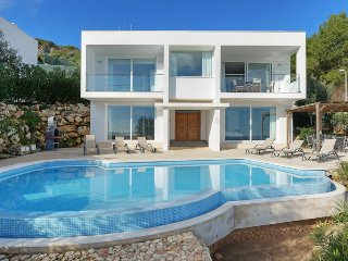4 bedroom Villa in Arenal d'en Castell, Balearic Islands, Spain : ref 5334744