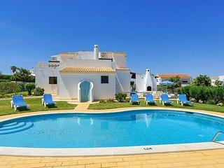 3 bedroom Villa in Sesmarias, Faro, Portugal - 5400279