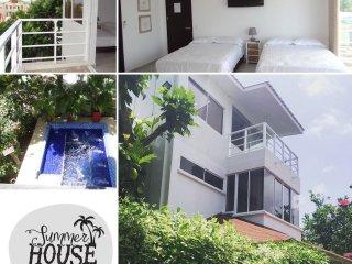Summer House San Andres Posada Turistica Hab con Balcon 9 adultos