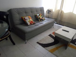 Affordable 3 bed 2 bath in medellin, pool , great cation in Laureles