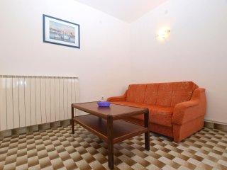 Apartment 13153