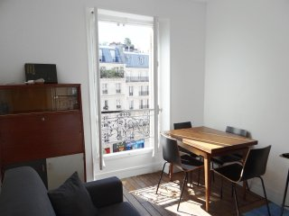 Typical and renovated flat in the heart of Quartier Latin