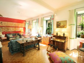 Parioli Bohemian Roman Apartment