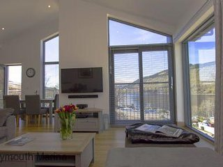 Ard Na Mara - No 8 Lawers View ( with Hot Tub - Non Pet Friendly) 405572