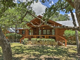 2 Rustic Canyon Lake Cabins w/Hot Tub on 2.7 Acres