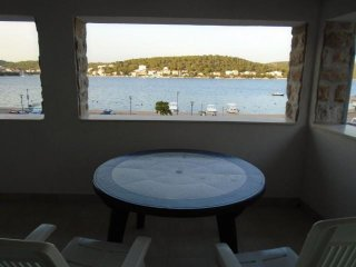 Holiday House in Tisno  Marella   A (6+1)DS1308