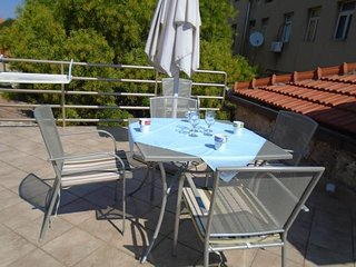 Studio Apartment in the center of Tisno (2+1 Persons) TP1A2