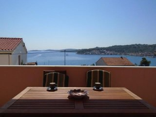 Seaview Apartment Moira in Tisno near the festival location  (2+2 Persons) DS130