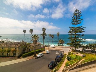 25% OFF SEP/OCT - Oceanfront w/ Ocean Views, Walk to Beach, Shops & More
