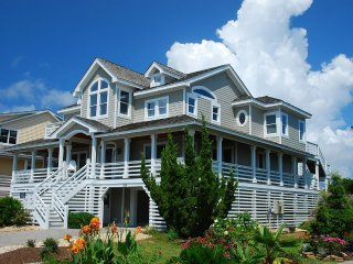 Tranquil Turtle at the Village at Nags Head- 6 Bedroom Vacation Home