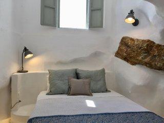 Timedrops Santorini Thira villa