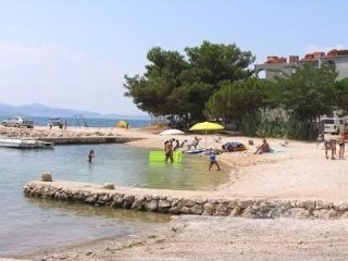 Apartments Tom 5 *Pink house* 5 person Bibinje