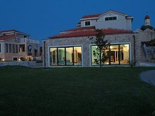 Murter - Betina  - Luxury villa with swimming pool, sauna, jacuzzi and gym for