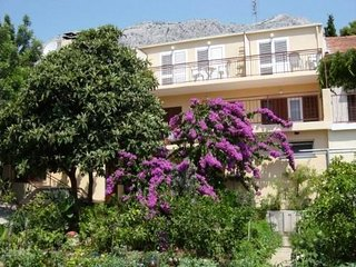 Studio Apartments Orebic 3 near the beach with sea view 2 persons + one aditiona