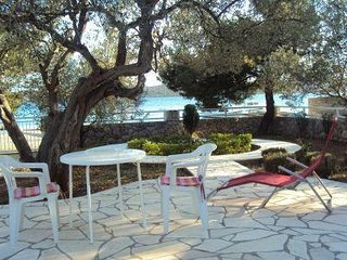 Villa Such beach area for 15 persons in Sibenik Pirovac