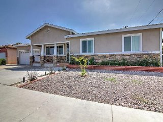 Sleek 4BR w/ Covered Patio & BBQ Grill - 8 Miles to Disneyland & Seal Beach