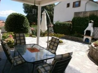 Apartment Mir,for 5 persons in Lovran,beach area