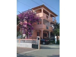 Apartments Adry-and 2 for 5 persons  Pakostane