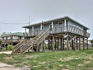 NEW! 4BR Dauphin Island Home w/Club Access & Dock!