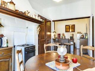 Loft style apartment - heart Vieux Port